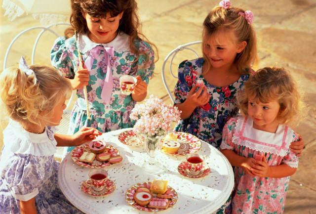 Конкурсы с детьми на день рождения за столом